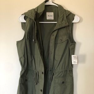 New Olive Drab Sleeveless Jacket with Hoodie